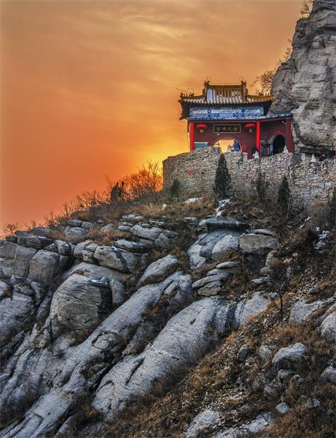 柳传志的泰山会是个什么组织,目的是什么?