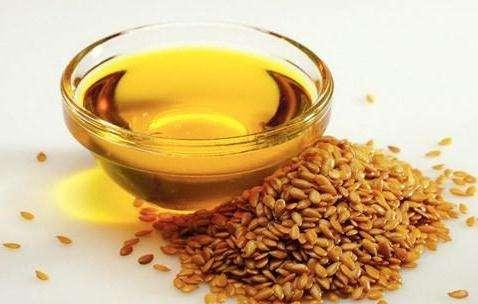 吃亚麻籽油对人有什么好处?如何吃亚麻籽更加健康?